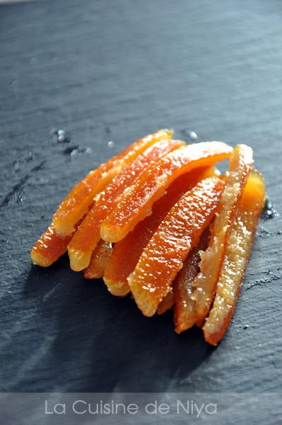 écorces d'oranges confites
